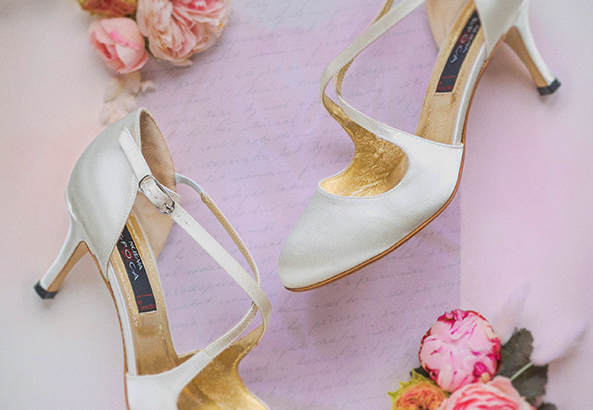 Order your bridal shoes now
